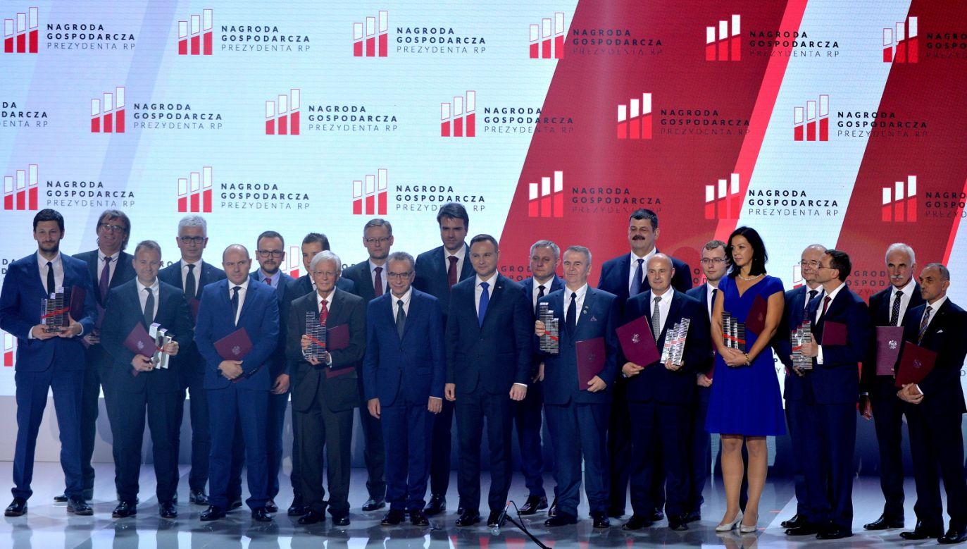 Prezydent przyznał też, tak jak rok temu, nagrodę indywidualną (fot. PAP/Darek Delmanowicz)
