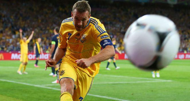35-letni Andrij Szewczenko strzelił dwa gole Szwedom i został drugim najstarszym strzelcem w historii Euro (fot. Getty Images)