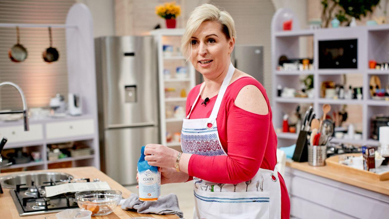 Katarzyna Panfiluk przygotowuje tiramisu (fot. TVP)