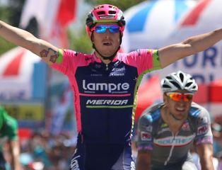 Giro: 17. etap dla Modolo, lider bez zmian