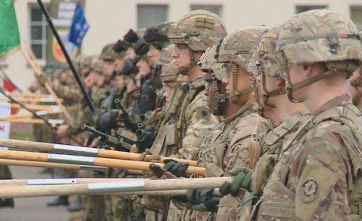 Pierwsza rotacja żołnierzy kończy służbę w Polsce