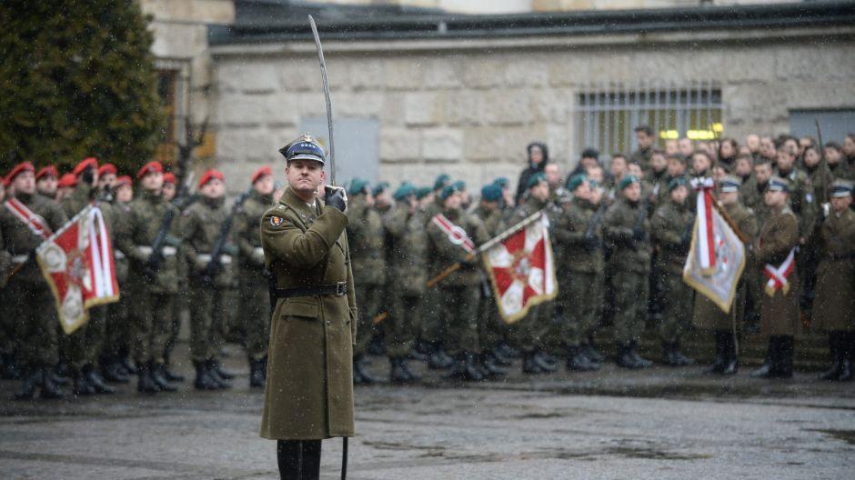 Apel pamięci na dziedzińcu Muzeum Wojska Polskiego/PAP/Bartłomiej Zborowski