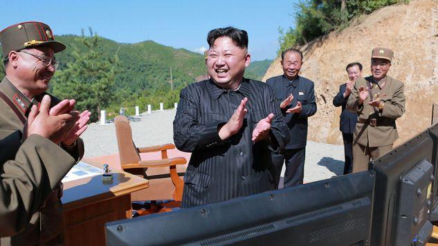 Ćwiczenia mają związek z programem nuklearnym prowadzonym przez Koreę Północną (fot. KCNA/via Reuters)