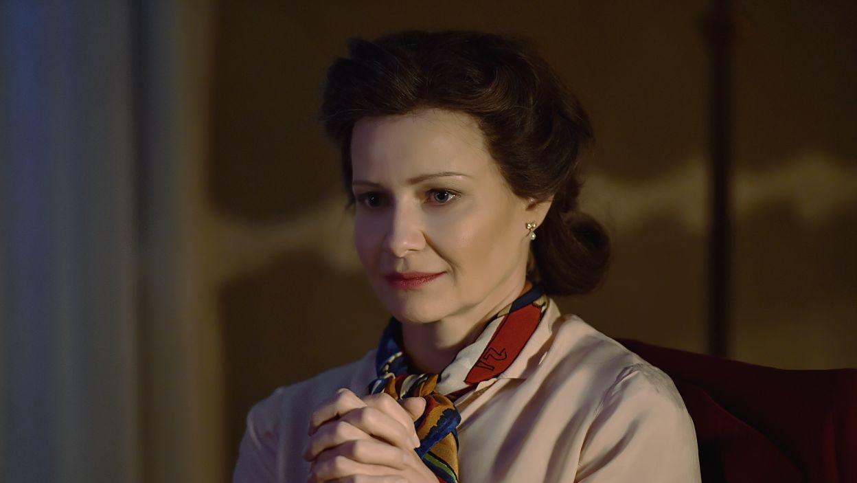 Małgorzata Kożuchowska wciela się w rolę Krystyny Skarbek vel Christine Granville. Kobietę-szpiega, która jest gotowa ponieść najwyższą cenę w walce o wolność (fot. I. Sobieszczuk\TVP)