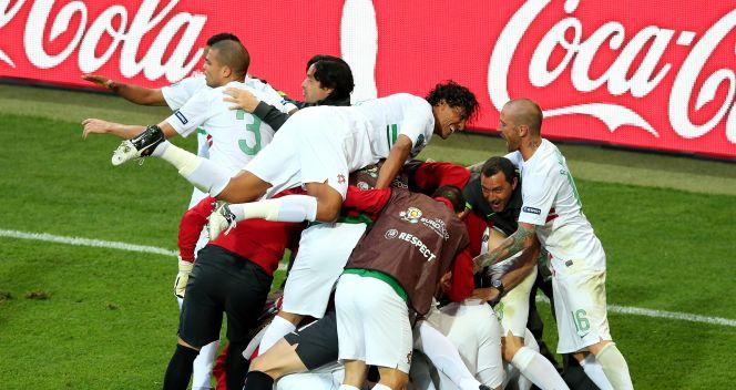 Szał radości po bramce Silvestre'a Vareli (fot. Getty Images)