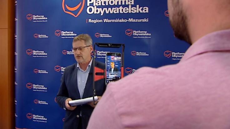 Poseł Janusz Cichoń poniedziałkową konferencję poświęcił w dużej mierze cenom paliw