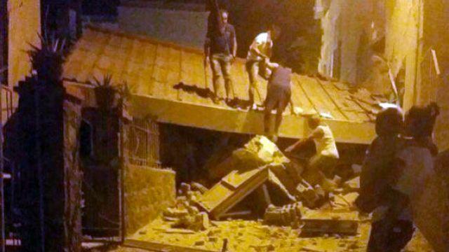 Zaginieni, ranni i zniszczenia po trzęsieniu ziemi na włoskiej wyspie