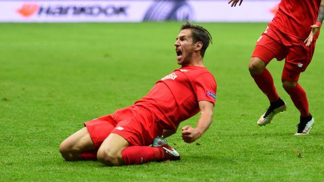 Sevilla zdobywcą pucharu Ligi Europy! Drużyna Krychowiaka pokonała na Narodowym Dnipro 3:2   [RELACJA]