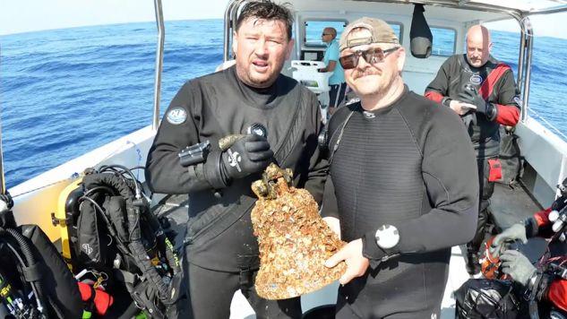 """Dzwon ORP """"Kujawiaka"""", który zatonął 75 lat temu u wybrzeży Malty (fot. PAP/Nauka w Polsce)"""