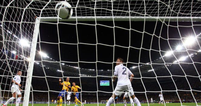 Wynik spotkania ustalił w doliczonym czasie gry Sebastian Larsson (fot. Getty)
