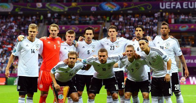 Kadra Niemiec w półfinale Euro 2012 (fot. Getty Images)