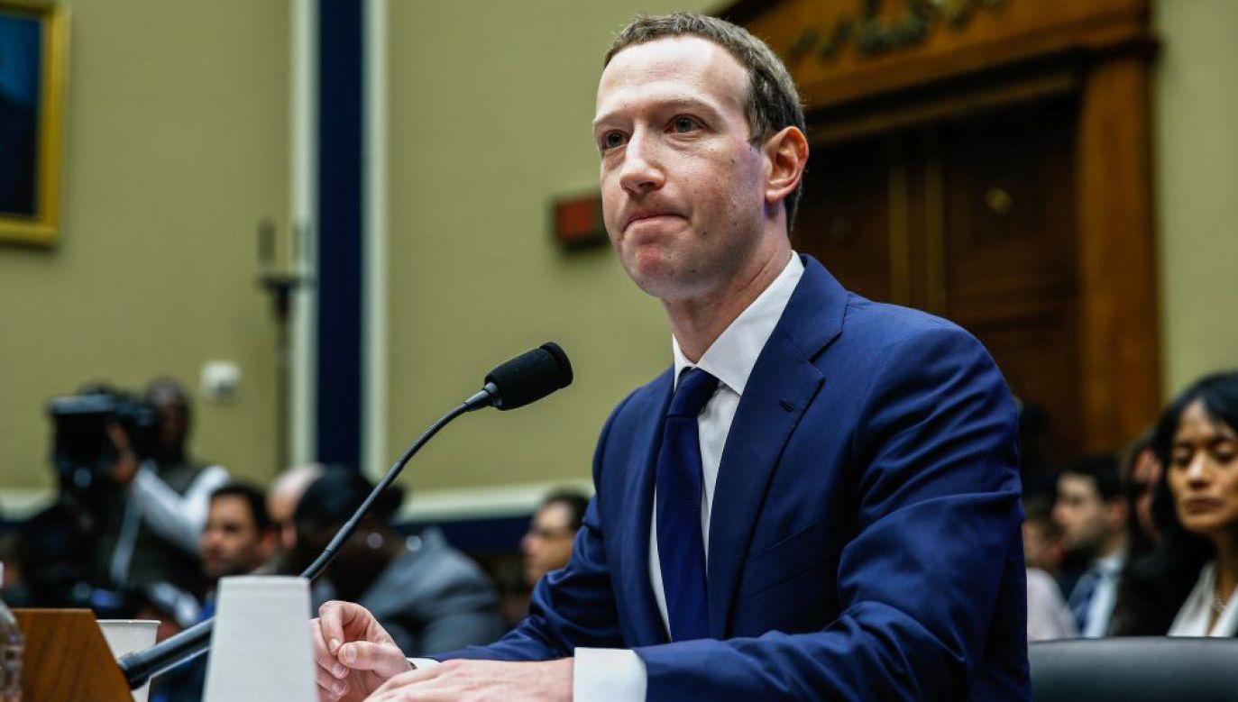 Zuckerberg zeznawał przed komisją energii i handlu Izby Reprezentantów w Waszyngtonie (fot. Yasin Ozturk/Anadolu Agency/Getty Images)