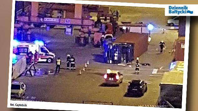 """Policja bada okoliczności wypadku (fot. """"Dziennik Bałtycki"""")"""