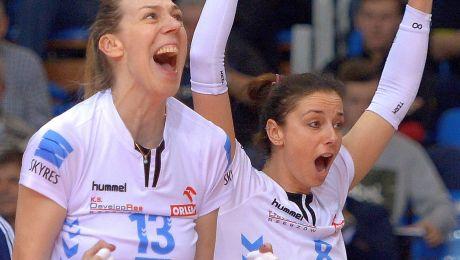 Anna Kaczor (P) i Katarzyna Mróz (fot. PAP/Darek Delmanowicz)
