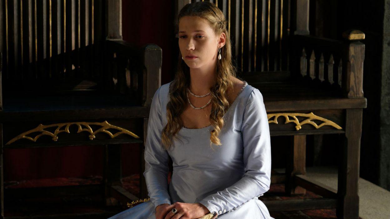 – Byłam okropna dla Jolenty, Adelajdzie też nie szczędziłam przykrości... – niespodziewanie Elżbietka zaczyna żałować swojego zachowania (fot. TVP)