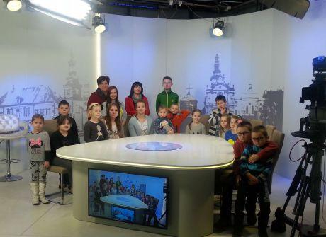 Wycieczka Towarzystwa Przyjaciół Dzieci w Bliżynie w TVP3 Kielce