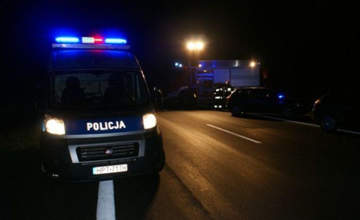 Do tragicznego wypadku doszło w sobotę wieczorem na DK 51 niedaleko Dywit.