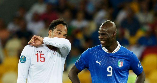 Mario Balotelli i Joleon Lescott (fot. Getty)