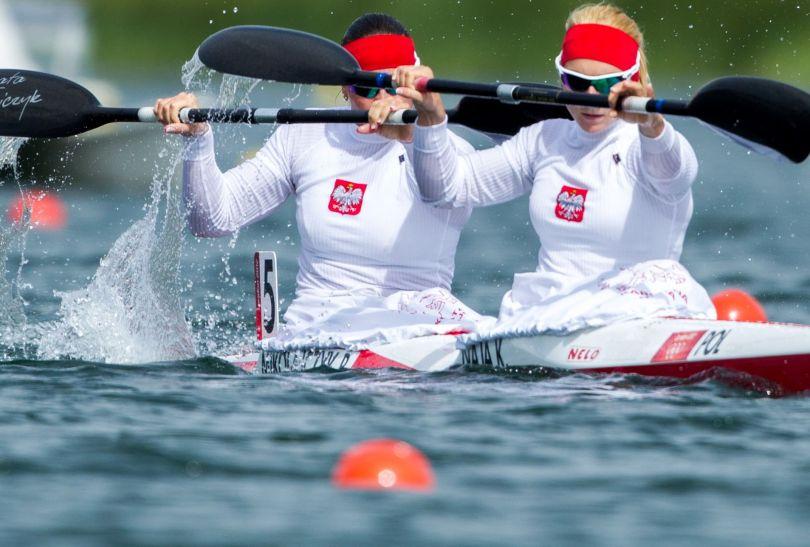 Beata Mikołajczyk i Karolina Naja awansowały do finału K2 na 500 metrów (fot. PAP/Adam Ciereszko)