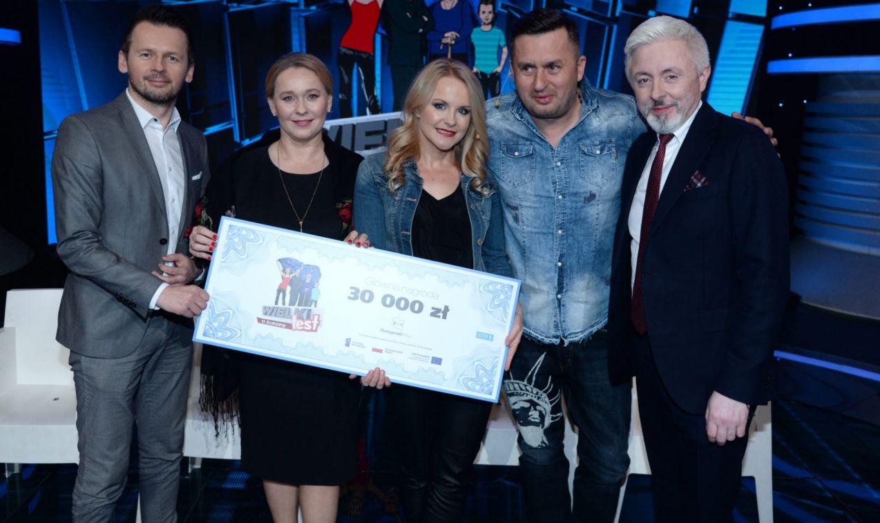 Największą wiedzą o Europie pochwalili się Lena Zuchniak i Norbi (fot. TVP/J. Bogacz)