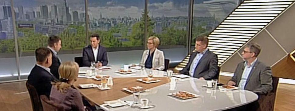 Goście programu Woronicza 17 spierali się o dokumenty ws. katastrofy smoleńskiej (fot. TVP Info)