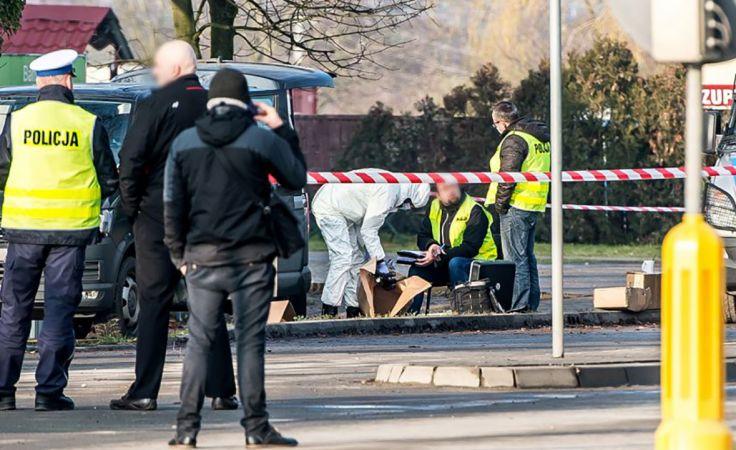 W nocy z 2 na 3 grudnia 2017 r. w miejscowości Wisznia Mała (Dolnośląskie) doszło do strzelaniny pomiędzy policjantami a przestępcami (fot. arch. PAP/Maciej Kulczyński)