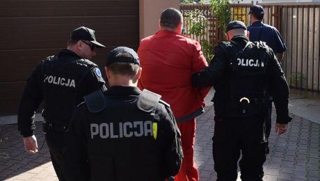 Paweł K. nie przyznał się do zarzutu i skorzystał z prawa do odmowy wyjaśnień. Fot. PAP/Jacek Bednarczyk)