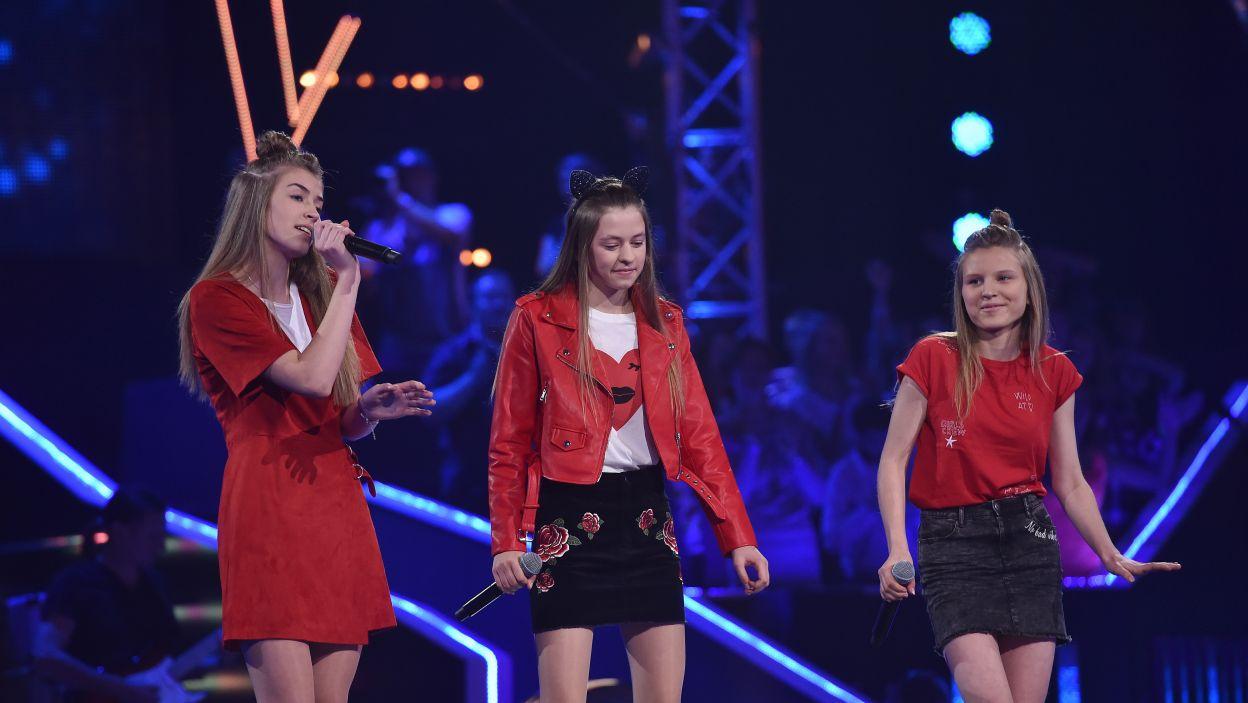 """Młode wokalistki piosenką """"Attention"""" z łatwością skupiły na sobie uwagę wszystkich! (Fot.I. Sobieszczuk/TVP)"""