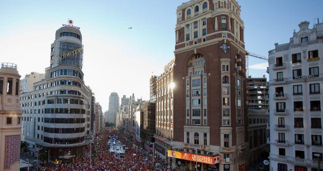Centrum Madrytu pełne fanów La Furja Roja (fot. Getty Images)
