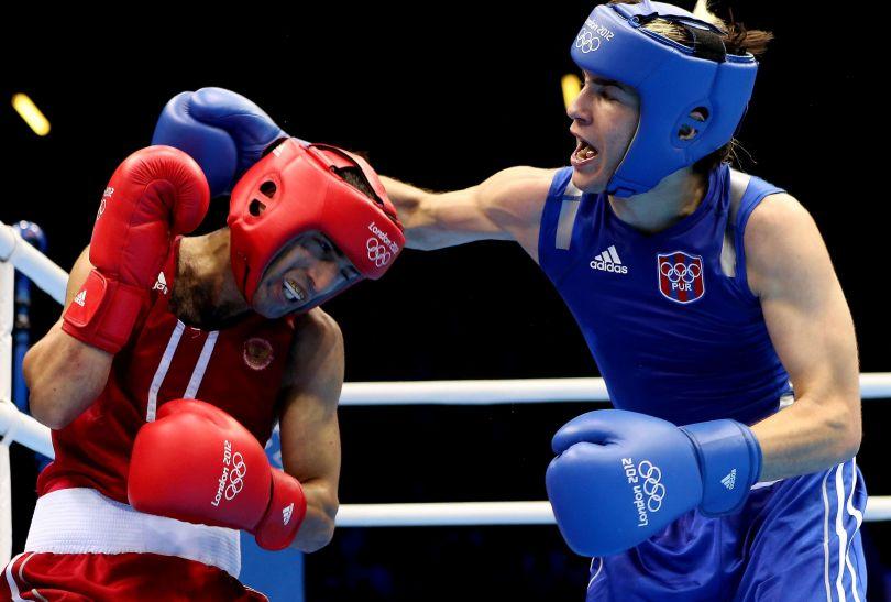 Misza Aloian walczy z Portorykańczykiem (fot. Getty Images)