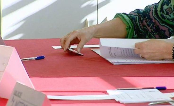 W piątek upływa termin naboru do komisji referendalnych
