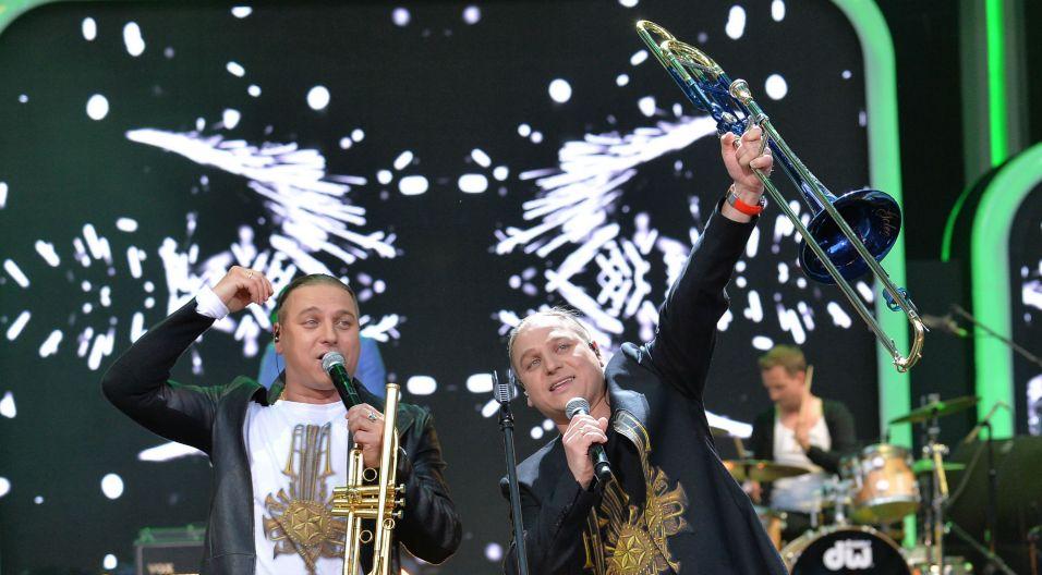 """Zdobywcy SuperPremier wykonali utwór, który na długie lata zapewnił im sławę. """"Ściernisko"""" obudziło Opole (fot. Jan Bogacz)"""