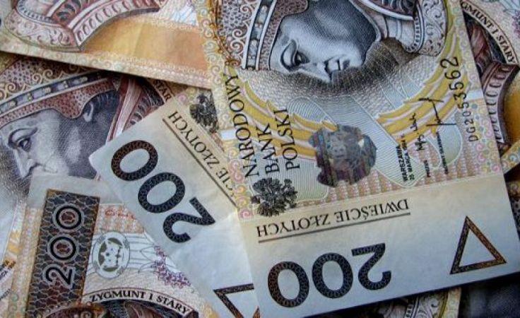 Pieniądze z rezerwy budżetowej na sprzęt i karetki dla szpitali