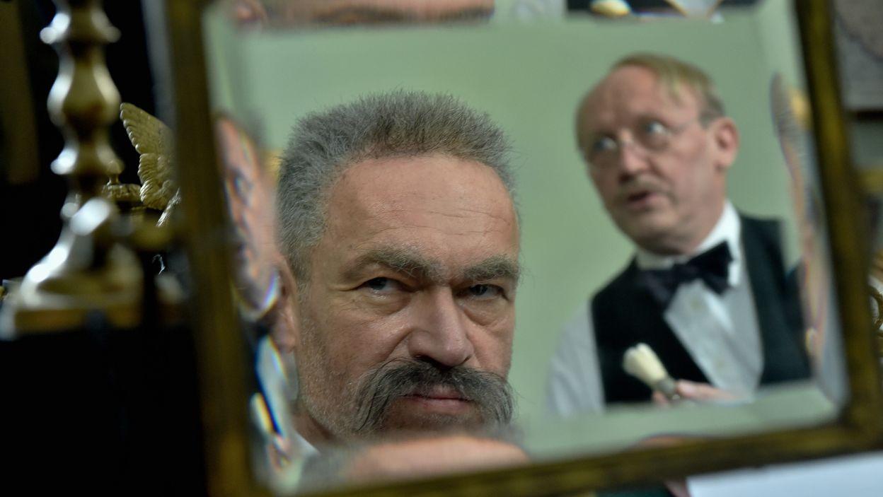 Spektakl pokazuje także życie prywatne Piłsudskiego (fot. Ireneusz Sobieszczuk/TVP)