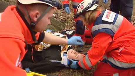 Młodzi ratownicy w akcji.