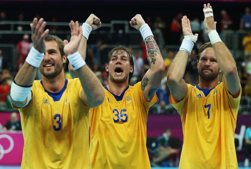 Szwedzi pierwszymi finalistami w piłce ręcznej. W półfinale pokonali Węgrów 27:26 (fot. Getty Images)