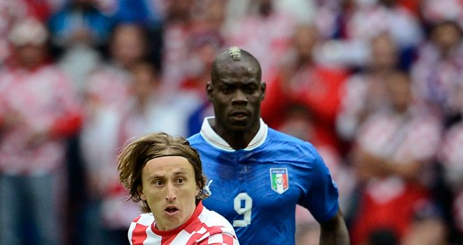 Luka Modrić i Mario Balotelli (fot. Getty Images)