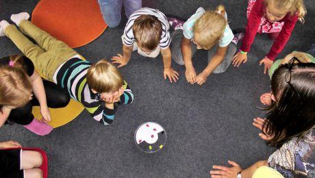 3,78 mln dzieci otrzymuje świadczenie z programu 500 plus (fot. Pixabay/Regenwolke0)