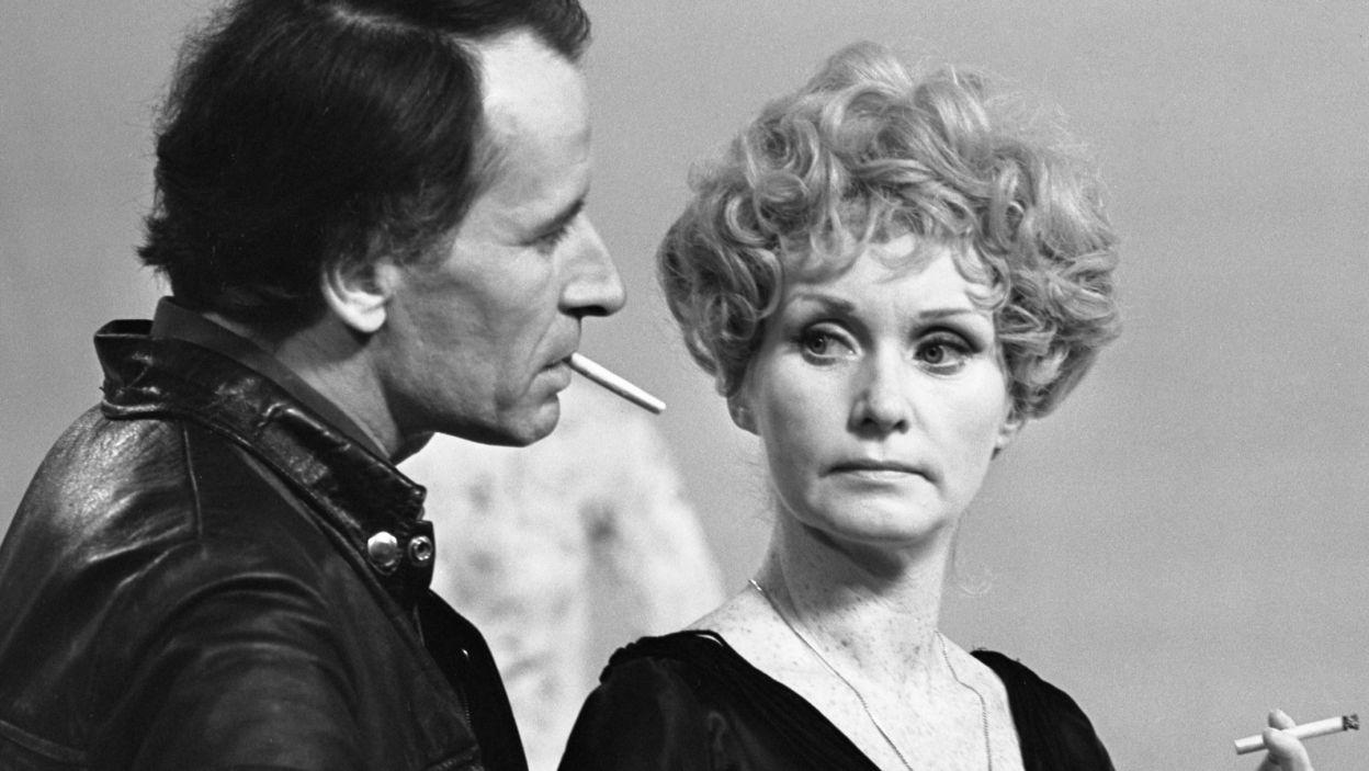 """Aktorka współpracowała także z wybitnym aktorem i reżyserem Zygmuntem Hübnerem. Zagrała główną rolę w reżyserowanym przez niego """"Kochanku"""" (fot. TVP)"""