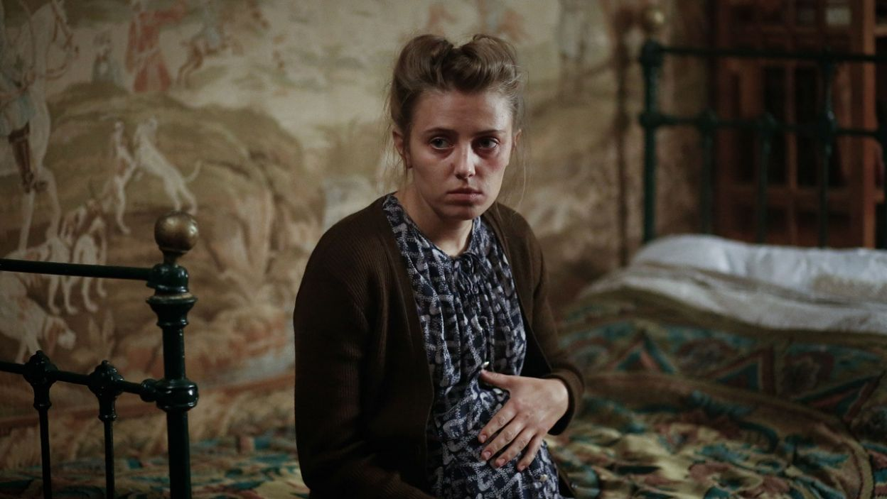 W tym czasie w Warszawie Milena czuje, że zbliża się poród (fot. TVP)