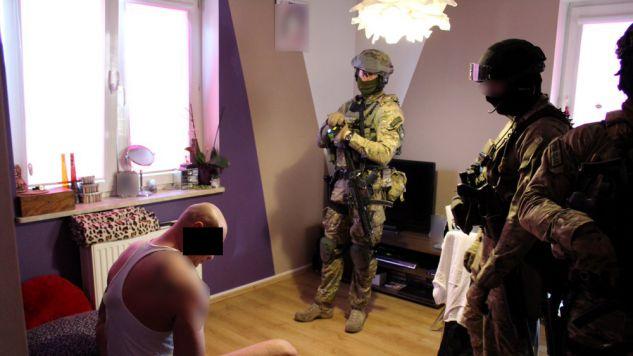 Rozpracowywanie grupy trwało kilka miesięcy (fot. policja.waw.pl)