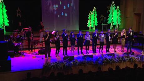 Świąteczny koncert na 12 głosów + 1