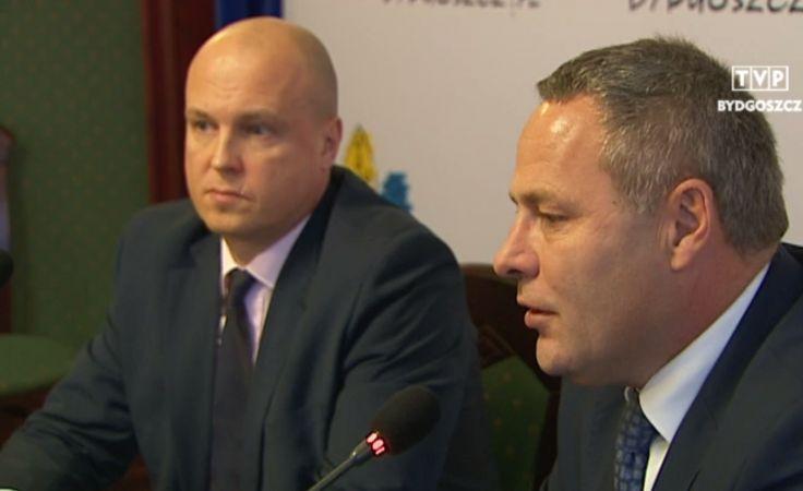 Łukasz Niedźwiecki (z lewej strony)