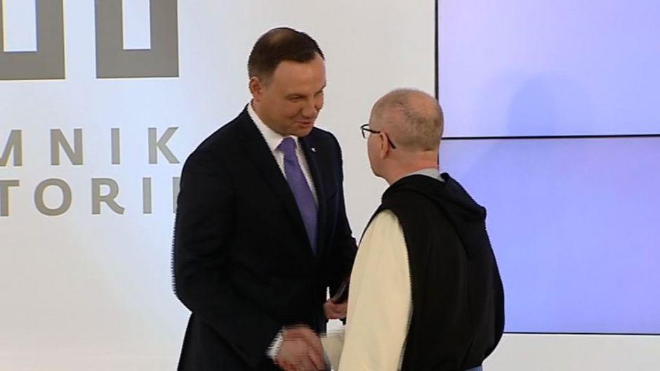 Prezydent Andrzej Duda podpisał listę najcenniejszych polskich zabytków, wśród których jest klasztor w Wąchocku i klasztor na Świętym Krzyżu.