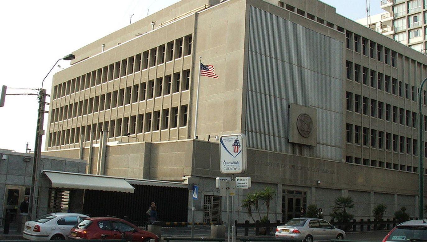 Ambasada USA w Tel Awiwie (fot. Wikimedia Commons/Krokodyl)