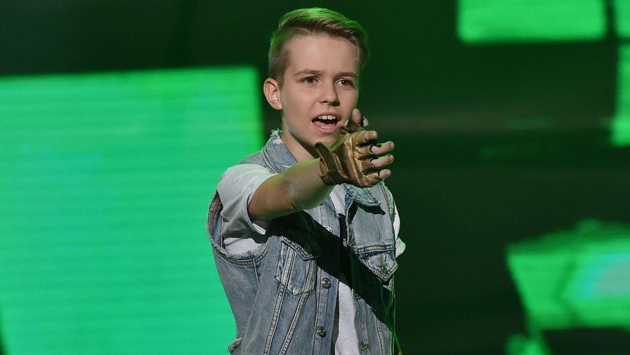 """Wielki hit """"Baby"""" z repertuaru idola nastolatek Justina Biebera – wykonanie tego utworu, to było wielkie marzenie Alana Pituli. Nareszcie się spełniło (fot. I. Sobieszczuk/TVP)"""