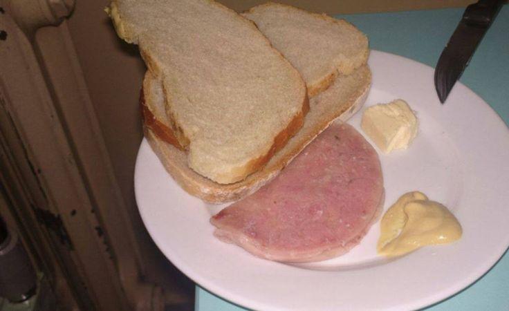 Porcja śniadania dla 3-latka - zdjęcie dostaliśmy od matki dziecka. Fot. facebook.com/tvplwd