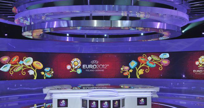 Euro 2012 oznacza dla TVP ok. 180 godzin transmisji i retransmisji meczów(fot. Jan Bogacz/TVP)