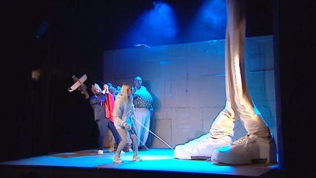 Grimmowska opowieść z piosenkami. Premiera w Teatrze Lalek