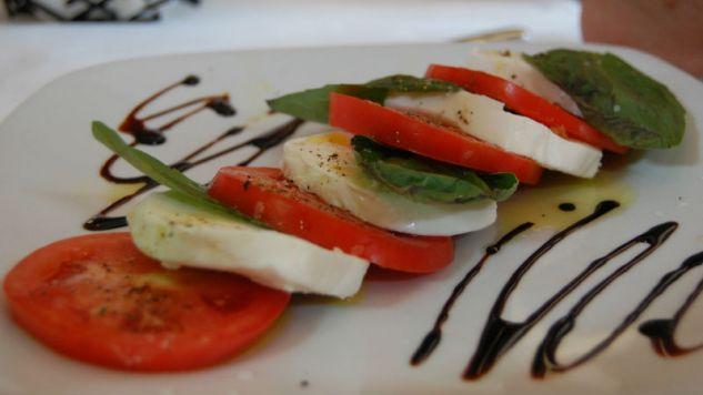 Włoska kuchnia sprzyja długowieczności (fot. Flickr/stu-splyvack)